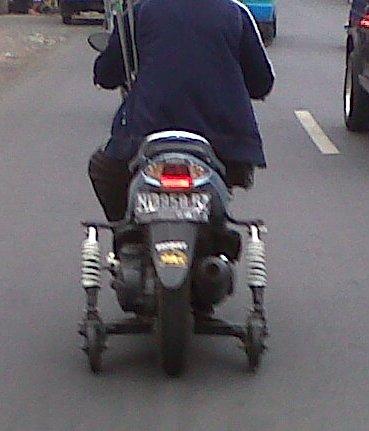 Download Kumpulan Modifikasi Motor Untuk Penyandang Cacat Terkeren