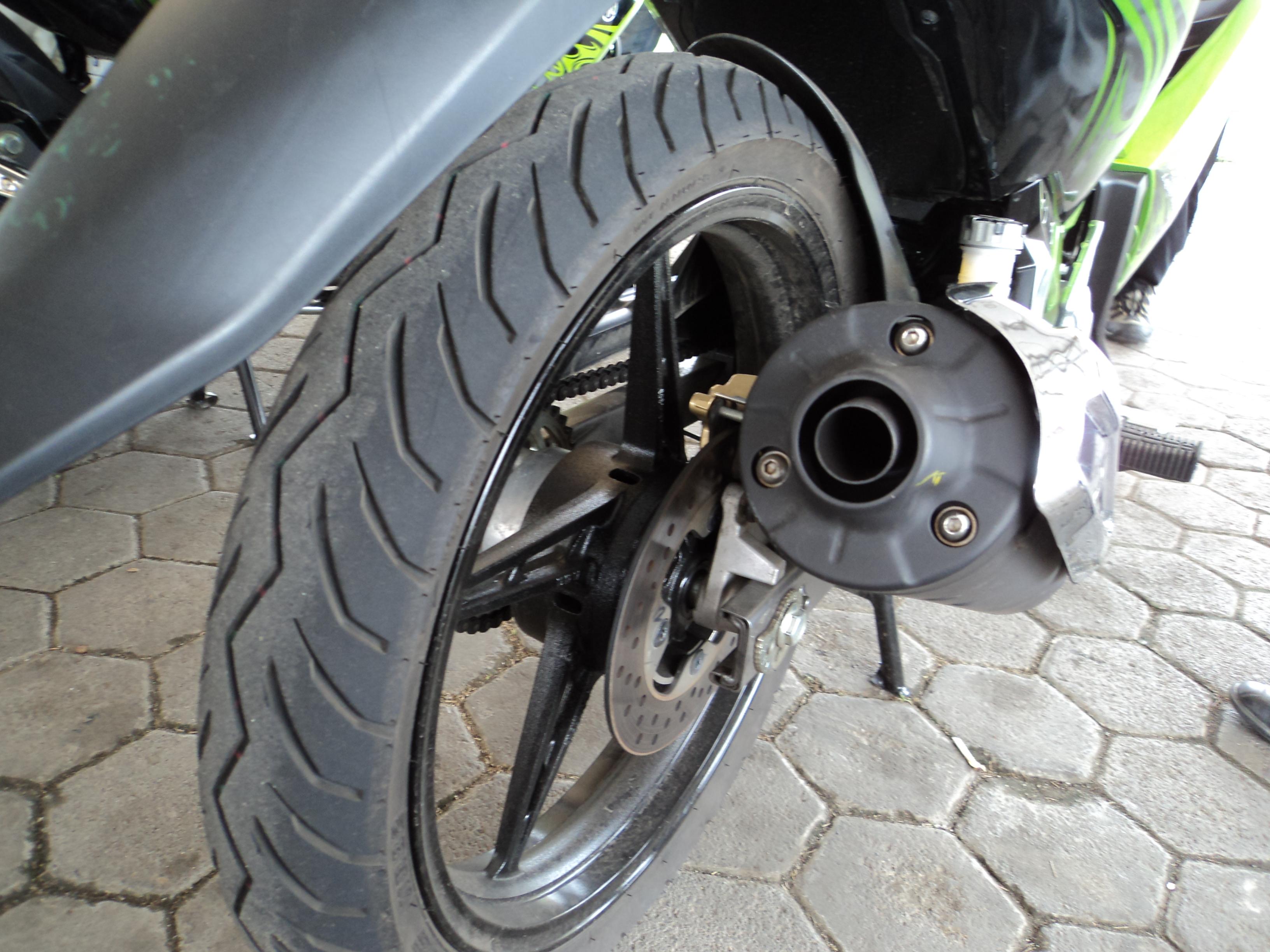 Honda Supra X 125 Helm In Cingkrang Kakinya Kekecilan Sekedar