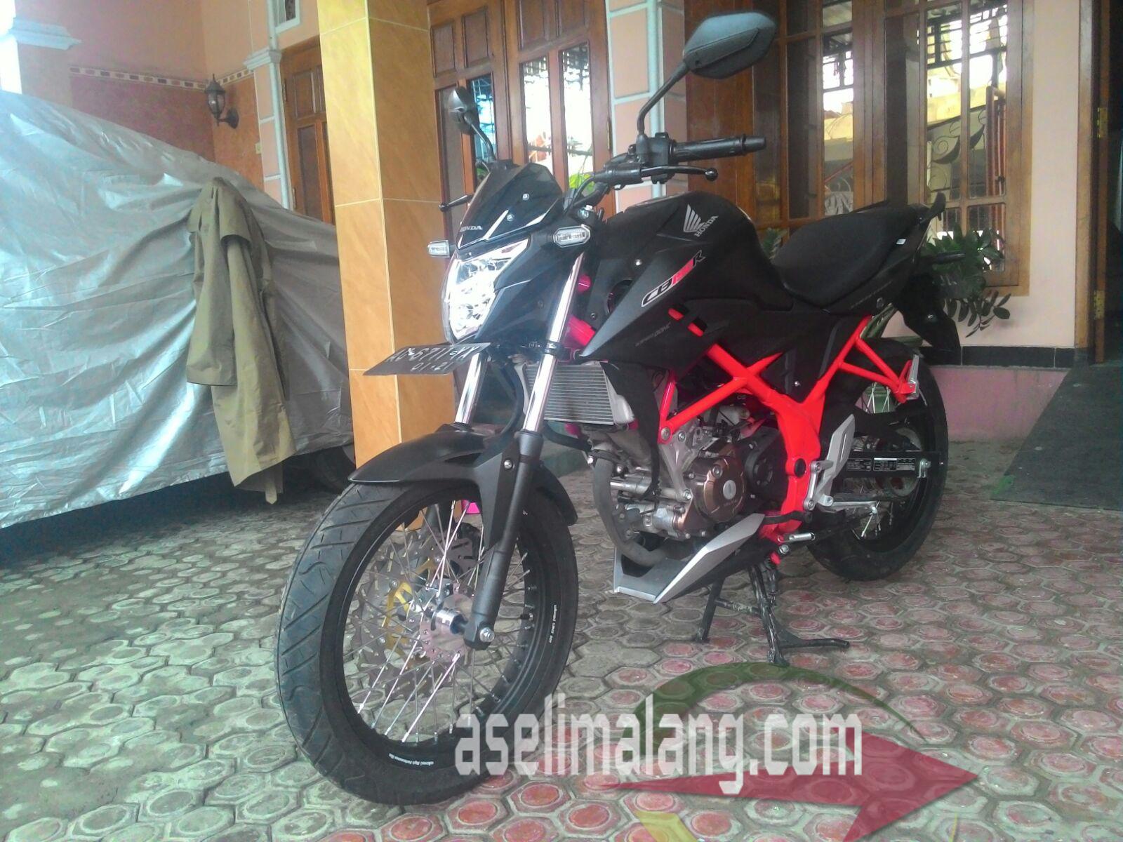Honda New CB150R SE Kurang Garang Dimodif Lagi Deh Sekedar Coretan