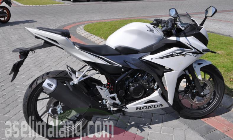 Banderol Dan Simulasi Kredit All New Honda CBR150R Di