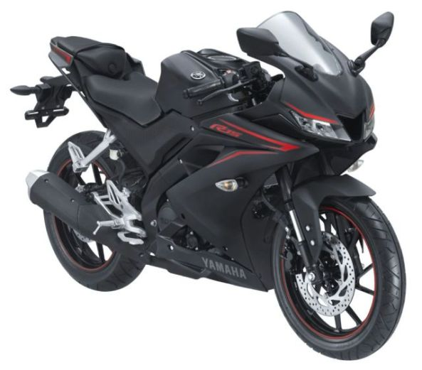 r15-hitam