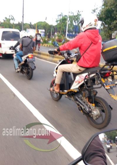 Modifikasi Honda BeAT Supermoto Jangkung Rekk