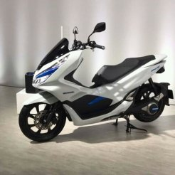 New-PCX-150-Hybrid