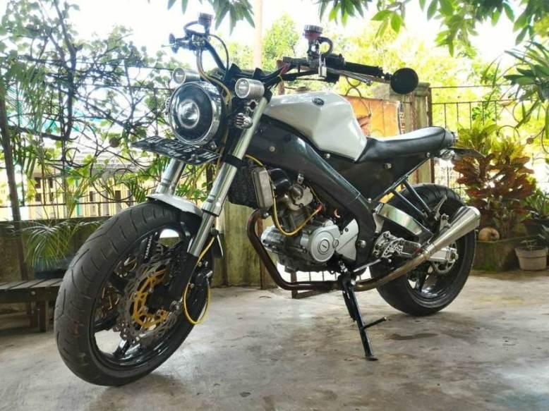 Modifikasi Yamaha V Ixion Ala Kombinasi Japstyle Scrambler Tracker