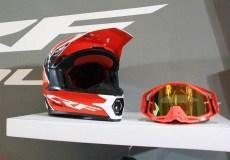 helm crf150 dan goggle