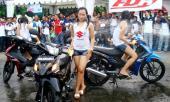 lady-bike-wash-Suzuki