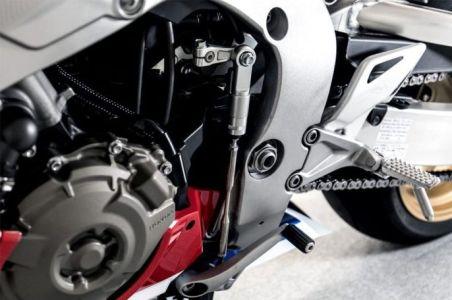Honda-CBR250RR-2020-Quick-Shifter-Ala-CBR1000RR